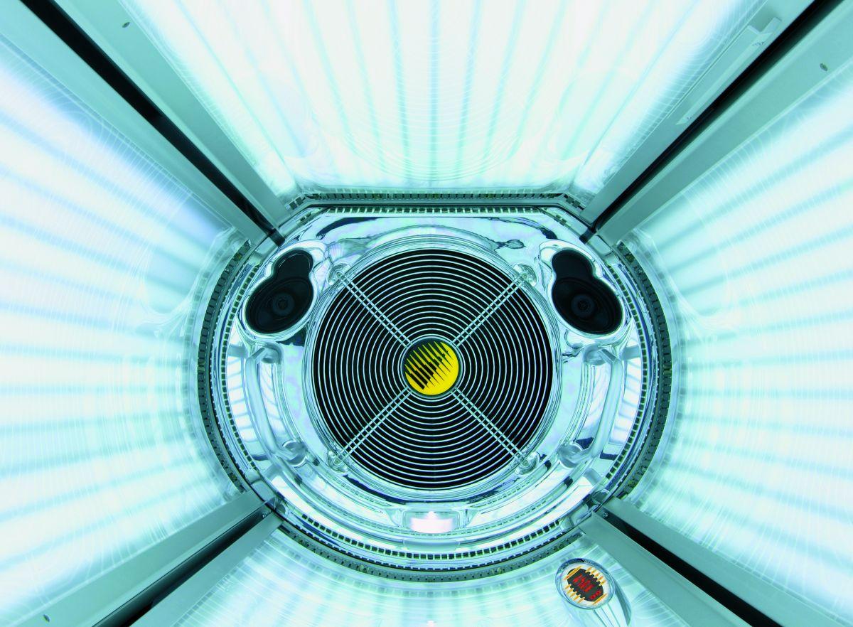 Вертикальный солярий Megasun Pure Energy